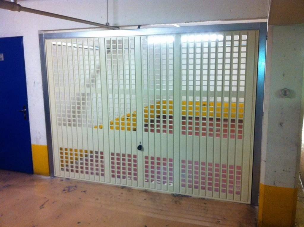 réalisation Porte de garage Stores Pajo