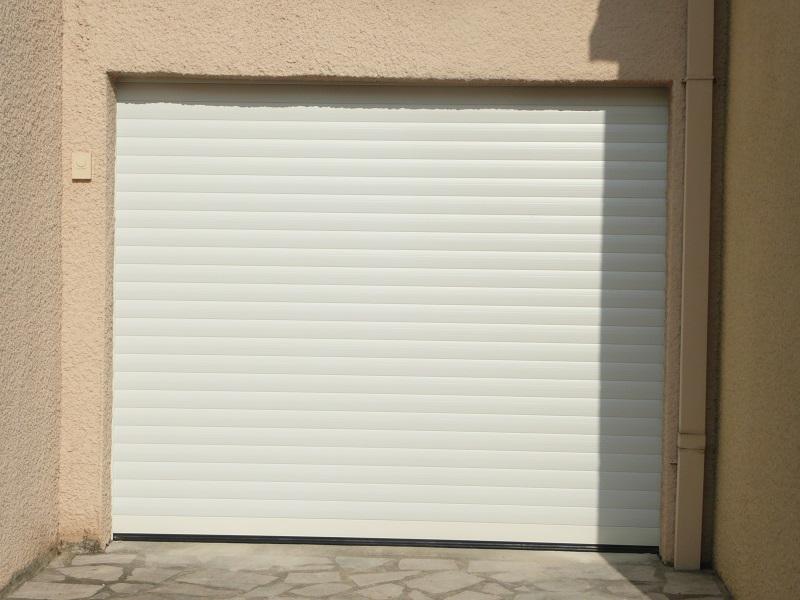 réalisation Porte de garage Stores Clément 2