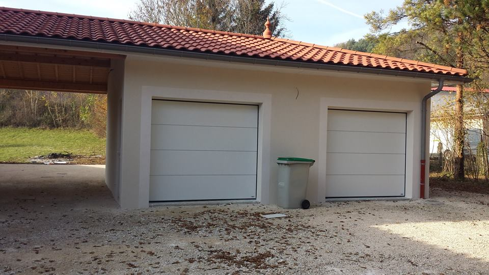 réalisation Porte de garage sectionnelle Morel Services