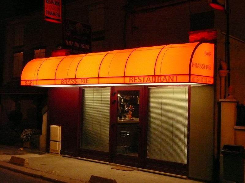 réalisation Store magasin Stores Clément 2