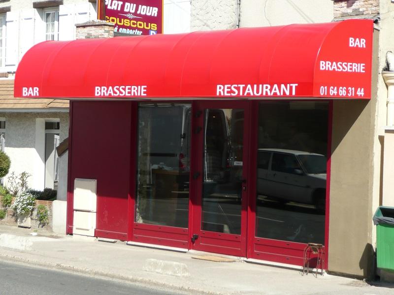 réalisation Store magasin Stores Clément