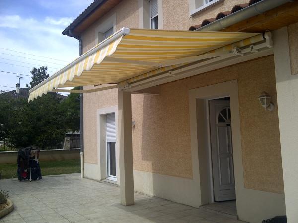réalisation store extérieur Kirénov