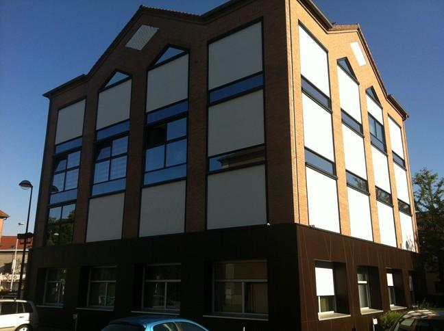 réalisation stores extérieurs Artois Storenseignes 2